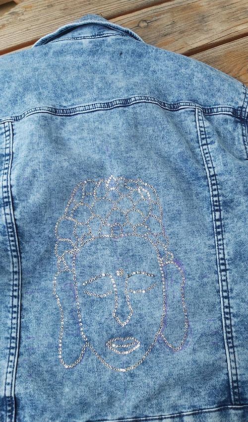 Jeansjacke mit Swarovskisteinen